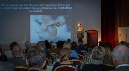 ZTM Volker Hamm sprach über zahntechnische Aspekte bei der Funktionsdiagnostik